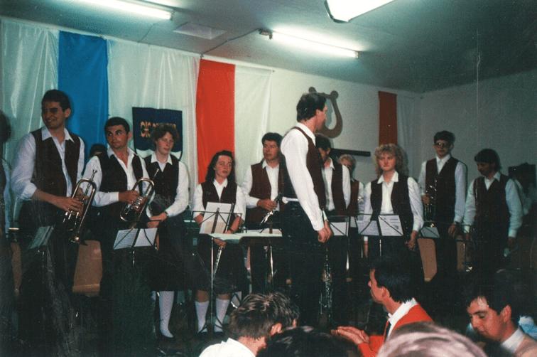 1988 erstes Konzert der MK Suben
