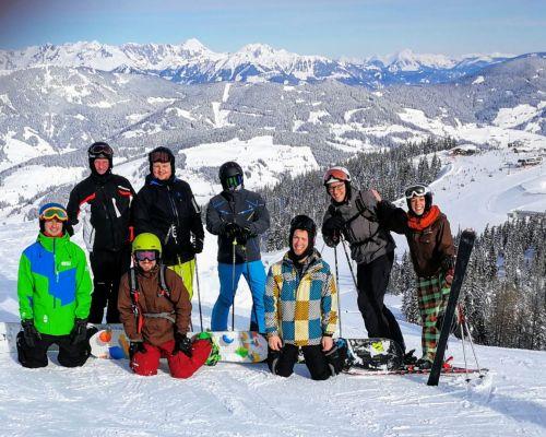 MK Skifahren Flachau 2019 Gruppenfoto (c) Klaus Hofinger